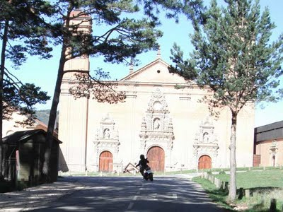 Un paseo por San Juan de la Peña