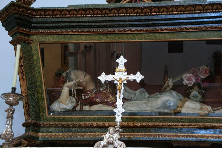 Lánguida Santa Vicenta